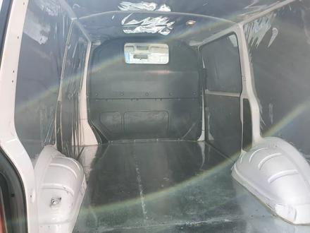 Volkswagen Transporter 2011 года за 6 500 000 тг. в Шымкент – фото 8