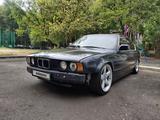 BMW 535 1989 года за 1 550 000 тг. в Алматы – фото 3