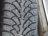 Диски с зимними шинами R16 за 150 000 тг. в Нур-Султан (Астана) – фото 2