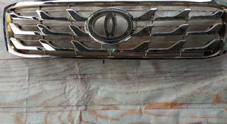 Решетка радиатора на Тойоту Ленд Крузер 100 за 11 000 тг. в Алматы