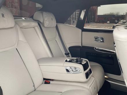 Rolls-Royce Ghost 2018 года за 115 000 000 тг. в Алматы – фото 5