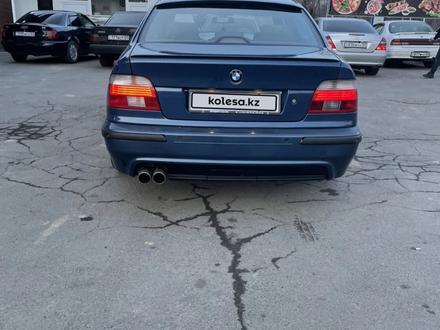 BMW 530 2001 года за 4 000 000 тг. в Алматы – фото 3