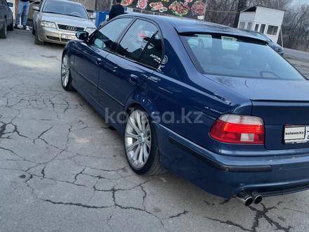 BMW 530 2001 года за 4 000 000 тг. в Алматы – фото 9