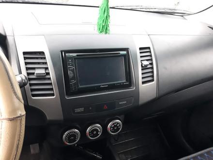 Mitsubishi Outlander 2008 года за 5 800 000 тг. в Семей – фото 3