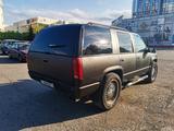 Chevrolet Tahoe 1996 года за 4 000 000 тг. в Караганда