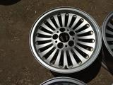 Оригинальные легкосплавные диски 33 стиль на BMW 5 е39 (Германия R1 за 120 000 тг. в Нур-Султан (Астана) – фото 5