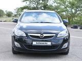 Opel Astra 2011 года за 3 300 000 тг. в Караганда – фото 4