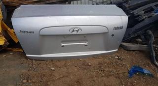 Хундай акцент 2007 кришка багажник за 50 000 тг. в Алматы