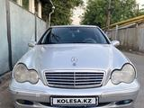 Mercedes-Benz C 240 2003 года за 2 600 000 тг. в Алматы