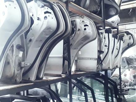 Двери привозные на тойоту Марк. Чайзер 90 кузов за 555 тг. в Алматы – фото 2