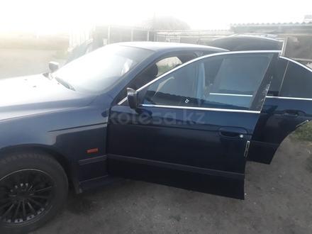 BMW 520 1998 года за 2 000 000 тг. в Нур-Султан (Астана) – фото 7