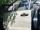 Дверь Toyota Lite Town Ace Noah левая за 25 000 тг. в Алматы