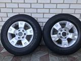 Оригинальные диски Nissan Patrol 6*139.7 c шинами 275/65/17 за 180 000 тг. в Талдыкорган – фото 2