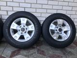 Оригинальные диски Nissan Patrol 6*139.7 c шинами 275/65/17 за 180 000 тг. в Талдыкорган – фото 3