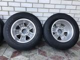 Оригинальные диски Nissan Patrol 6*139.7 c шинами 275/65/17 за 180 000 тг. в Талдыкорган – фото 5