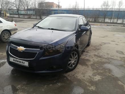 Chevrolet Cruze 2011 года за 2 500 000 тг. в Алматы – фото 9