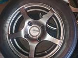 Отличные литые диски в комплекте с почти новой японской резиной за 100 000 тг. в Алматы – фото 3