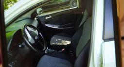 Hyundai Solaris 2011 года за 3 800 000 тг. в Актобе – фото 5