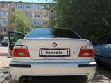 BMW 525 2002 года за 2 200 000 тг. в Тараз – фото 4