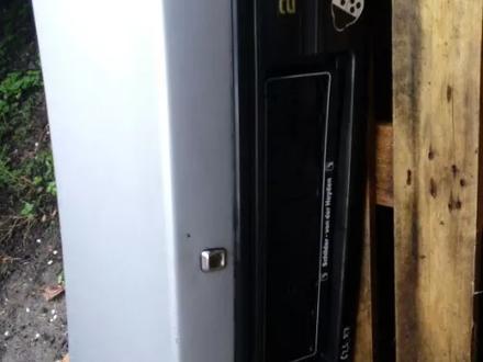 Крышка багажника мазда 626 1986г седан за 5 000 тг. в Алматы