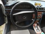 Mercedes-Benz E 200 1990 года за 1 600 000 тг. в Петропавловск – фото 2