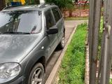 Chevrolet Niva 2011 года за 2 200 000 тг. в Алматы – фото 3