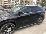 Toyota Highlander 2018 года за 20 500 000 тг. в Шымкент – фото 2