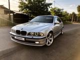 BMW 528 1998 года за 3 450 000 тг. в Алматы