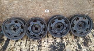 Диски штамповка R14 (4*100, ЕТ 43, ЦО 57, 1) Volkswagen, оригинал б у за 25 000 тг. в Караганда