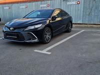 Toyota Camry 2021 года за 21 000 000 тг. в Шымкент