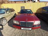 Mercedes-Benz C 220 1993 года за 1 600 000 тг. в Усть-Каменогорск – фото 2