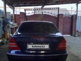 Mercedes-Benz C 200 2001 года за 2 850 000 тг. в Алматы – фото 4