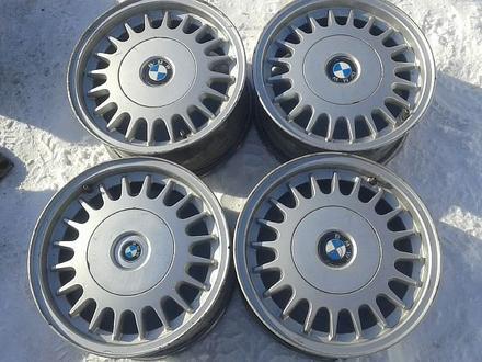 Оригинальные легкосплавные диски на БМВ 5, 2 стиль (Германия R15 5 за 40 000 тг. в Нур-Султан (Астана)