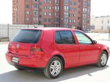 Volkswagen Golf 2004 года за 2 200 000 тг. в Актау – фото 4