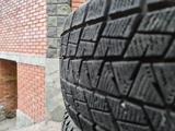 235 55 R18 липучка Bridgestone за 50 000 тг. в Алматы – фото 4