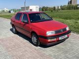 Volkswagen Vento 1993 года за 1 900 000 тг. в Талдыкорган – фото 2