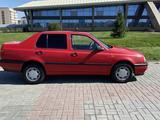 Volkswagen Vento 1993 года за 1 900 000 тг. в Талдыкорган – фото 5