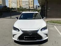 Lexus ES 250 2019 года за 19 300 000 тг. в Алматы