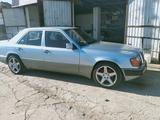 Mercedes-Benz E 320 1993 года за 2 500 000 тг. в Шымкент – фото 4