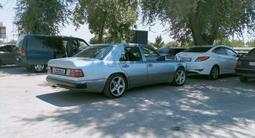 Mercedes-Benz E 320 1993 года за 2 500 000 тг. в Шымкент – фото 5