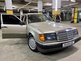 Mercedes-Benz E 230 1990 года за 1 650 000 тг. в Нур-Султан (Астана) – фото 3