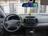 Toyota Camry 2005 года за 4 791 529 тг. в Алматы – фото 2