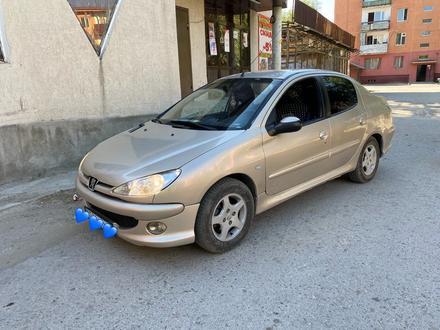 Peugeot 206 2008 года за 1 400 000 тг. в Шымкент – фото 2