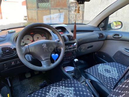 Peugeot 206 2008 года за 1 400 000 тг. в Шымкент – фото 3