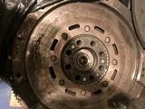 Демпферный маховик Mercedes benz E220 за 35 000 тг. в Караганда – фото 2