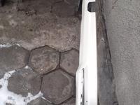Губа Нижняя задняя Land Cruiser 200 12 года за 30 000 тг. в Алматы