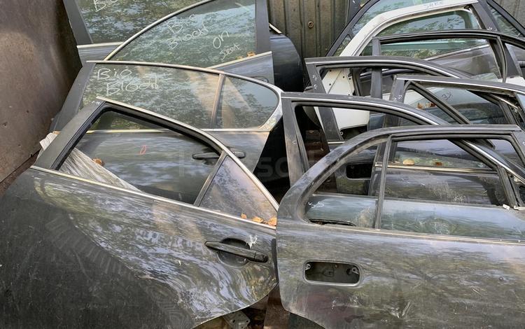 Lexus GS 300 кузов 190 дверы за 50 000 тг. в Алматы