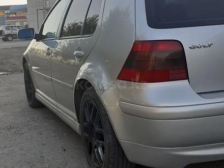 Volkswagen Golf 2003 года за 1 650 000 тг. в Атырау – фото 2
