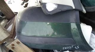 Задний бампер Volkswagen Passat B5 седан за 22 000 тг. в Семей