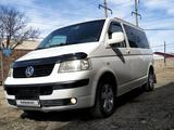 Volkswagen Transporter 2004 года за 5 900 000 тг. в Жезказган